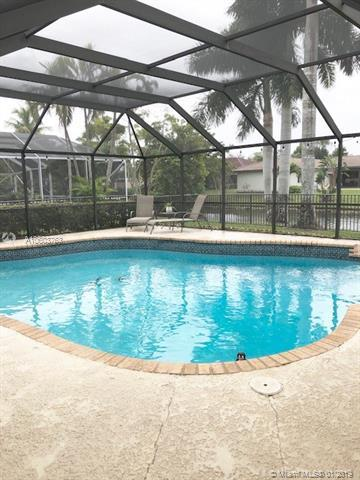 10786 NW 9th Mnr, Coral Springs, FL 33071 (MLS #A10603763) :: The Teri Arbogast Team at Keller Williams Partners SW