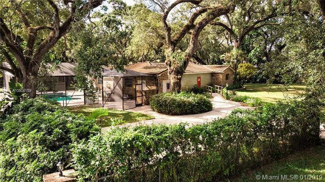 3830 Shady Ridge Rd, Dania Beach, FL 33312 (MLS #A10604159) :: Green Realty Properties