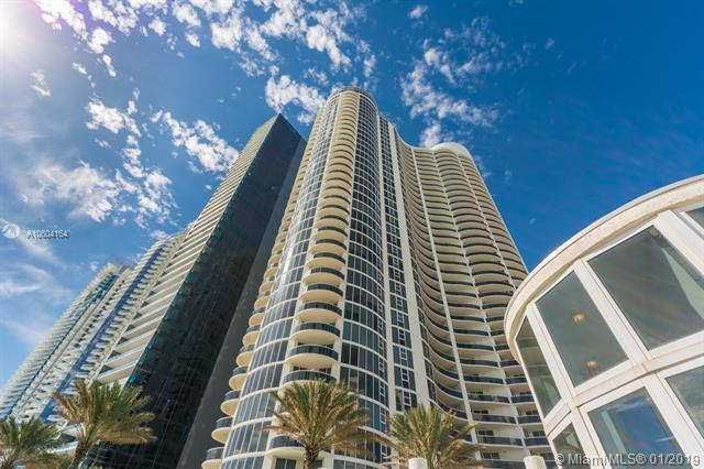 17201 Collins Ave #1404, Sunny Isles Beach, FL 33160 (MLS #A10604164) :: Ray De Leon with One Sotheby's International Realty