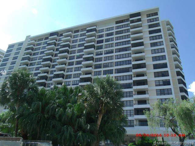 600 Three Islands Blvd #217, Hallandale, FL 33009 (MLS #A10604416) :: Carole Smith Real Estate Team