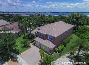 4733 SW 185th Ave, Miramar, FL 33029 (MLS #A10604552) :: Green Realty Properties