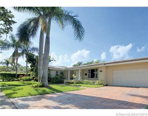 520 San Juan Dr, Coral Gables, FL 33143 (MLS #A10604558) :: Carole Smith Real Estate Team