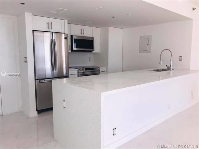 7601 E Treasure Dr #1123, North Bay Village, FL 33141 (MLS #A10604812) :: Carole Smith Real Estate Team