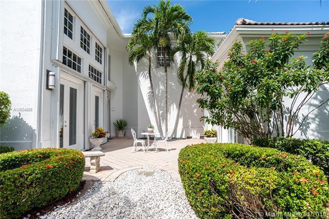 3722 NE 200th St, Aventura, FL 33180 (MLS #A10604986) :: Grove Properties