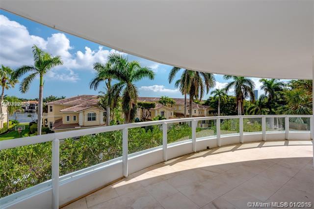 21050 Point Pl #305, Aventura, FL 33180 (MLS #A10605076) :: Carole Smith Real Estate Team