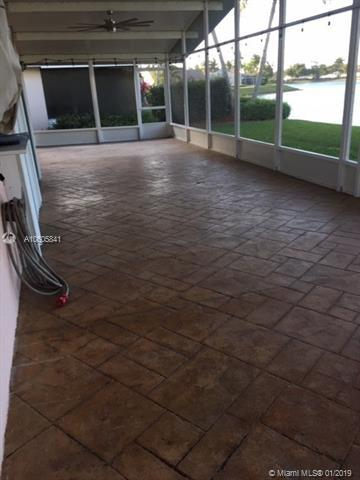 2665 SE 7th Pl, Homestead, FL 33033 (#A10605841) :: RE/MAX Associated Realty
