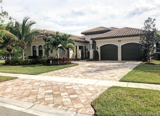 8510 Hawks Gully Ave, Delray Beach, FL 33446 (MLS #A10606117) :: The Paiz Group