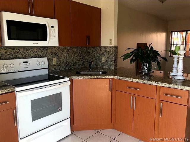 5290 W 21st Ct #403, Hialeah, FL 33016 (MLS #A10606490) :: The Jack Coden Group