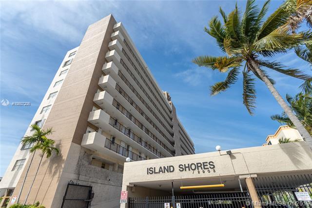2903 N Miami Beach Blvd #907, North Miami Beach, FL 33160 (MLS #A10607206) :: Grove Properties