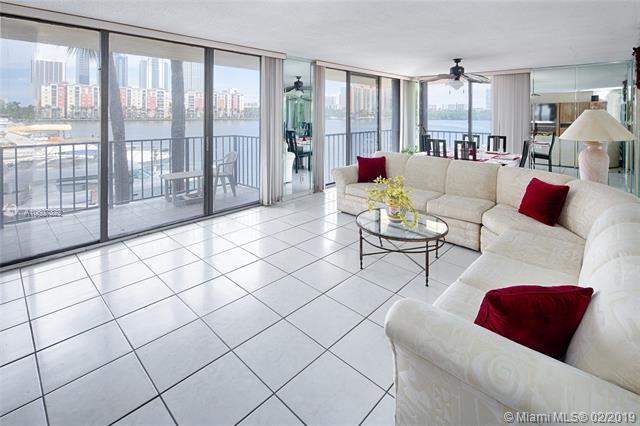 290 174th St M19, Sunny Isles Beach, FL 33160 (MLS #A10607322) :: The Jack Coden Group