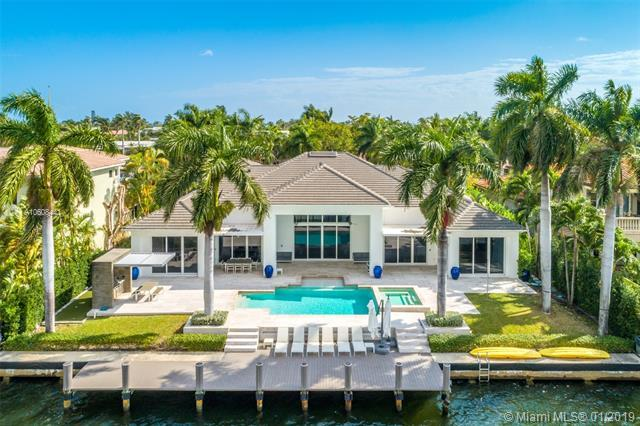 224 S Island Is, Golden Beach, FL 33160 (MLS #A10608441) :: ONE Sotheby's International Realty