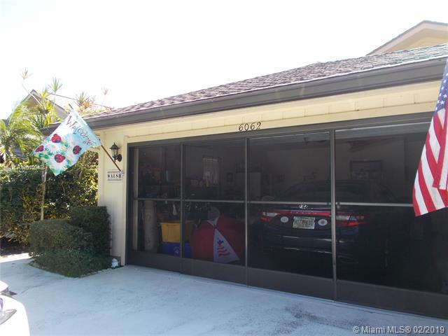 6062 SE Franklin Pl, Hobe Sound, FL 33455 (MLS #A10610048) :: The Paiz Group