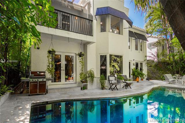 4175 El Prado Blvd, Miami, FL 33133 (MLS #A10610052) :: Miami Lifestyle