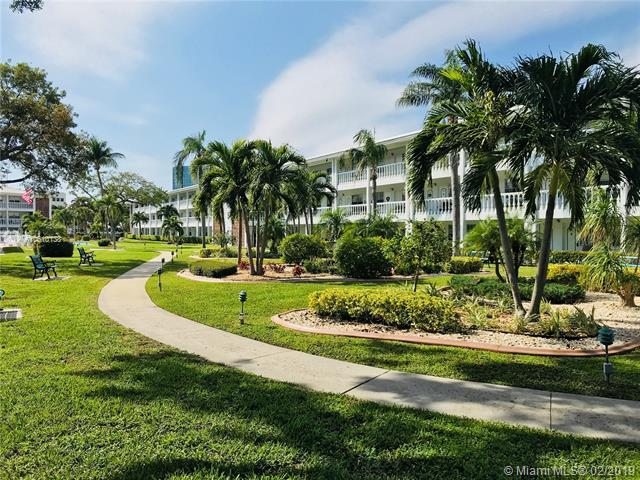 5203 NE 24th Ter B305, Fort Lauderdale, FL 33308 (MLS #A10610138) :: The Paiz Group