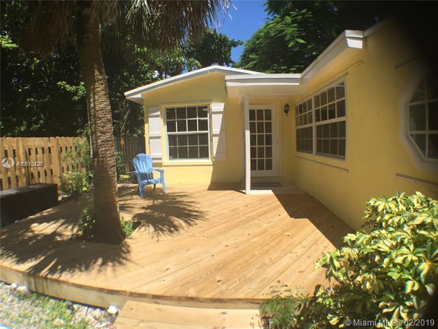 3841 Kumquat Ave, Coconut Grove, FL 33133 (MLS #A10610428) :: The Riley Smith Group