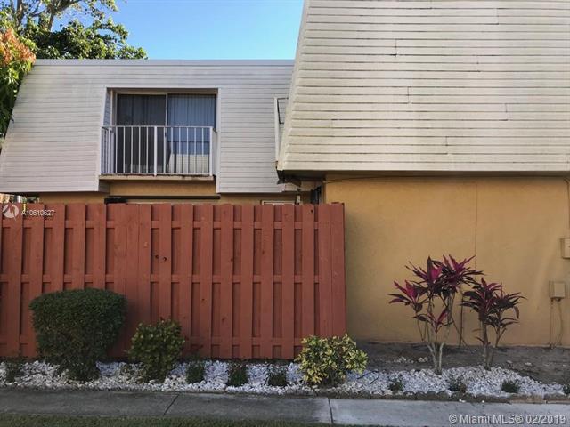 22204 Boca Rancho Dr 29-B, Boca Raton, FL 33428 (MLS #A10610627) :: The Brickell Scoop