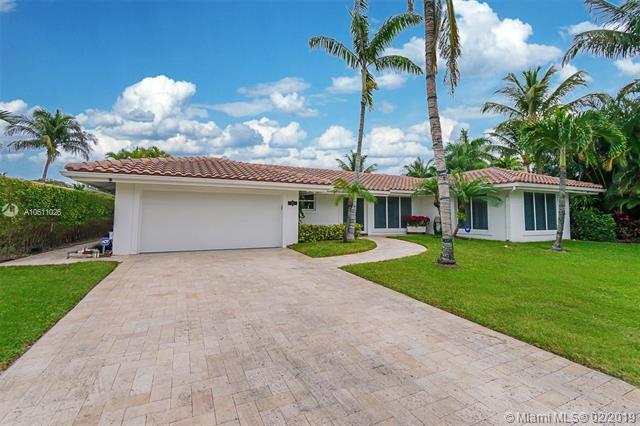 1108 SE 12th Ter, Deerfield Beach, FL 33441 (MLS #A10611026) :: The Paiz Group