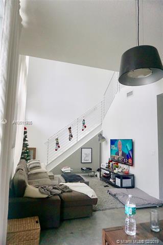 333 NE 24 STREET #104, Miami, FL 33137 (MLS #A10611935) :: Green Realty Properties