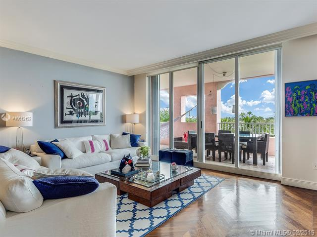 727 Crandon Blvd Ph1, Key Biscayne, FL 33149 (MLS #A10612192) :: The Riley Smith Group