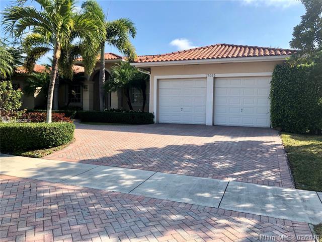17083 SW 92 Ave, Palmetto Bay, FL 33157 (MLS #A10612513) :: Grove Properties
