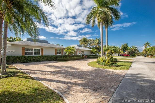 5850 SW 56th Ter, South Miami, FL 33143 (MLS #A10613023) :: The Riley Smith Group