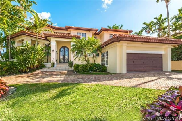 199 Caoba Ct, Coral Gables, FL 33143 (MLS #A10613228) :: The Adrian Foley Group