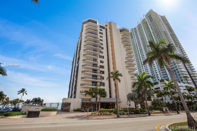 6423 Collins Ave #302, Miami Beach, FL 33141 (MLS #A10613868) :: Ray De Leon with One Sotheby's International Realty