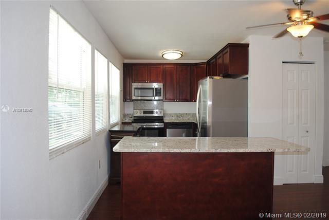 1216 SW 31st St, Fort Lauderdale, FL 33315 (MLS #A10614090) :: EWM Realty International