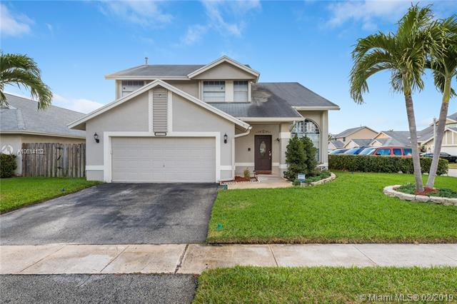 3275 Nw 122nd Ave, Sunrise, FL 33323 (MLS #A10614132) :: Castelli Real Estate Services