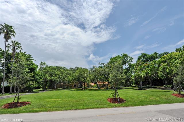 8820 Arvida Dr, Coral Gables, FL 33156 (MLS #A10614461) :: The Maria Murdock Group