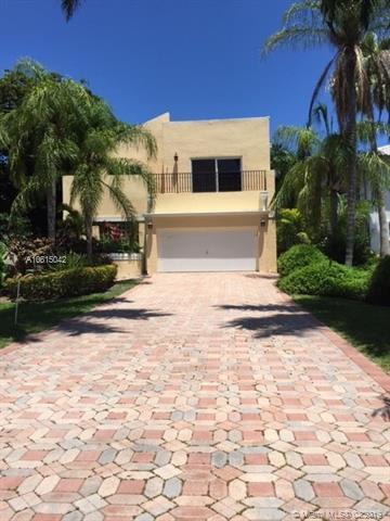 469 Golden Beach Dr, Golden Beach, FL 33160 (MLS #A10615042) :: ONE Sotheby's International Realty