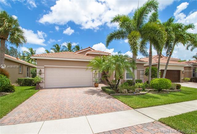 6620 Via Alfieri, Lake Worth, FL 33467 (MLS #A10615735) :: Green Realty Properties