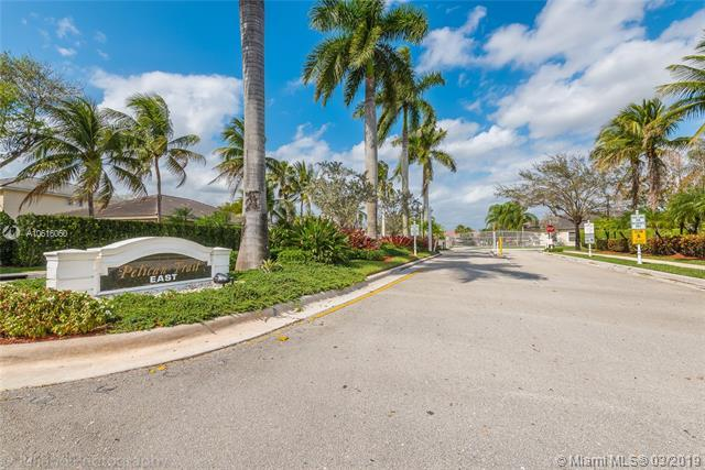 11675 NW 48th Ct, Coral Springs, FL 33076 (MLS #A10616060) :: EWM Realty International