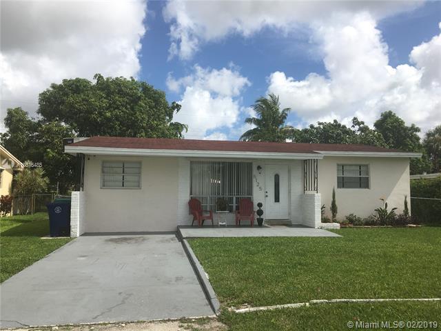6125 SW 19th St, Miramar, FL 33023 (MLS #A10616485) :: Green Realty Properties