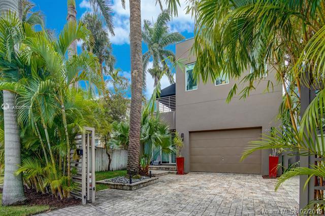 101 S Gordon Rd, Fort Lauderdale, FL 33301 (MLS #A10617197) :: The Paiz Group