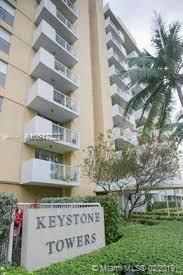 2020 NE 135th St #207, North Miami, FL 33181 (MLS #A10617327) :: Green Realty Properties