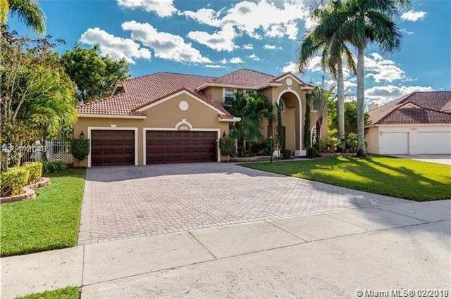 16574 S Segovia Cir S, Pembroke Pines, FL 33331 (MLS #A10617785) :: Green Realty Properties
