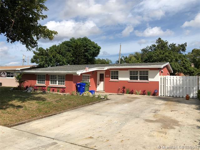 111 SW 68th Blvd, Pembroke Pines, FL 33023 (MLS #A10617831) :: Green Realty Properties