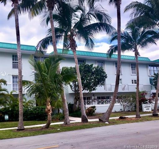 300 Sunrise Dr 2L, Key Biscayne, FL 33149 (MLS #A10617877) :: The Riley Smith Group