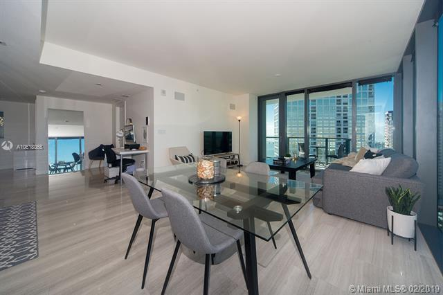 1451 Brickell Ave #2204, Miami, FL 33131 (MLS #A10618066) :: Ray De Leon with One Sotheby's International Realty