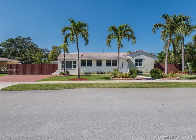 1425 Jefferson St, Hollywood, FL 33020 (MLS #A10618415) :: Green Realty Properties