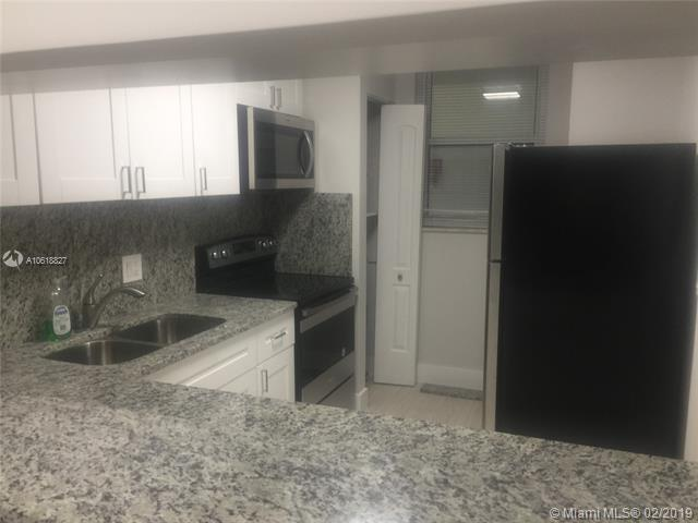 5321 NE 24th Ter 103A, Fort Lauderdale, FL 33308 (MLS #A10618827) :: The Paiz Group