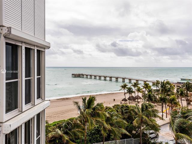 16711 Collins Ave #705, Sunny Isles Beach, FL 33160 (MLS #A10619063) :: Miami Villa Group