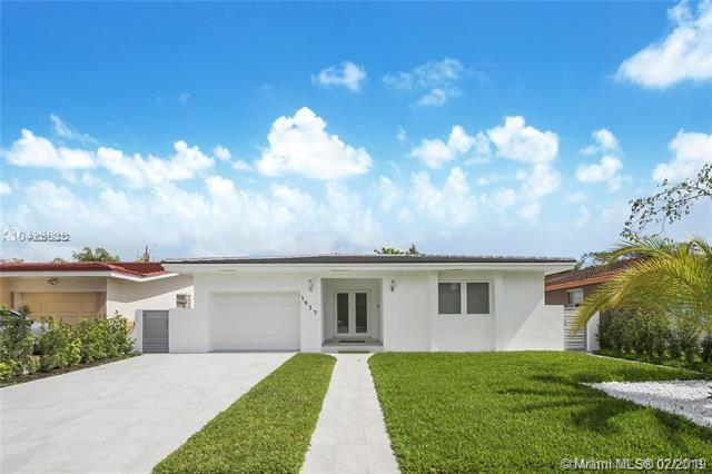1937 Red Road, Coral Gables, FL 33155 (MLS #A10619232) :: The Riley Smith Group