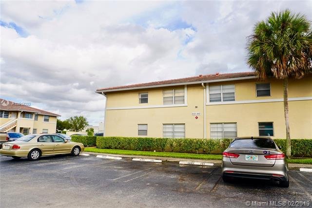 841 Twin Lakes Dr 30-A, Coral Springs, FL 33071 (MLS #A10619350) :: The Brickell Scoop