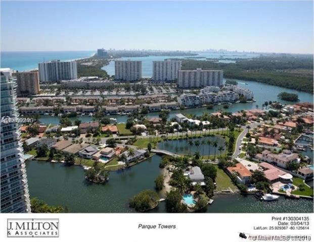 300 Sunny isles Blvd #1106, Sunny Isles Beach, FL 33160 (MLS #A10619595) :: Miami Villa Group