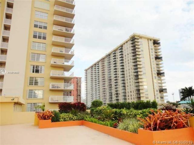 231 174th St #1820, Sunny Isles Beach, FL 33160 (MLS #A10619650) :: Miami Villa Group