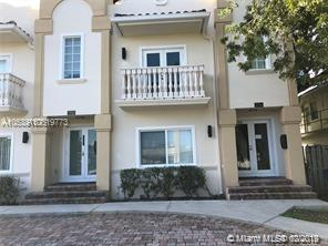 1714 Mayo St, Hollywood, FL 33020 (MLS #A10619773) :: Green Realty Properties