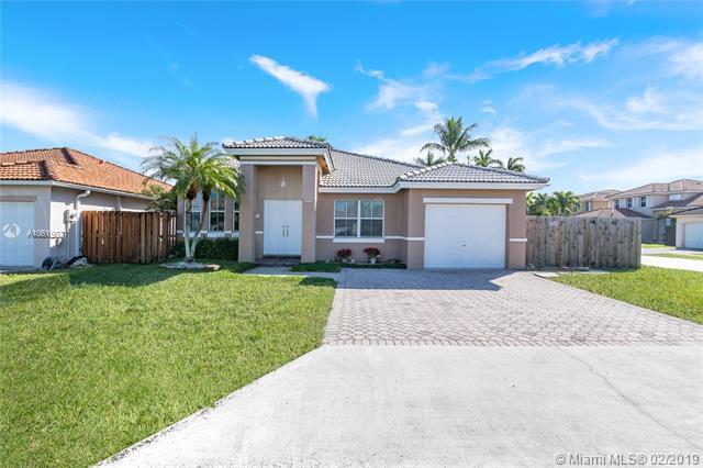8249 SW 163rd Pl, Miami, FL 33193 (MLS #A10619871) :: Grove Properties