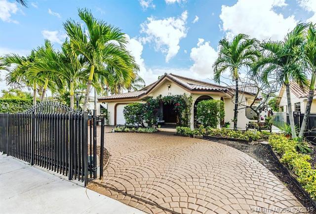 78 W 37th St, Hialeah, FL 33012 (MLS #A10620020) :: Green Realty Properties